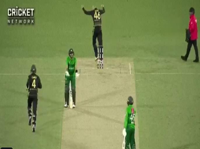 AUSvPAK : watch video; Captain Babar Azam unhappy with Asif Ali shot selection; Pak scored 150 run in 2nd T20I | AUSvPAK : पाकिस्तानच्या कर्णधारानं मैदानावरच काढले सहकाऱ्याचे वाभाडे, Video