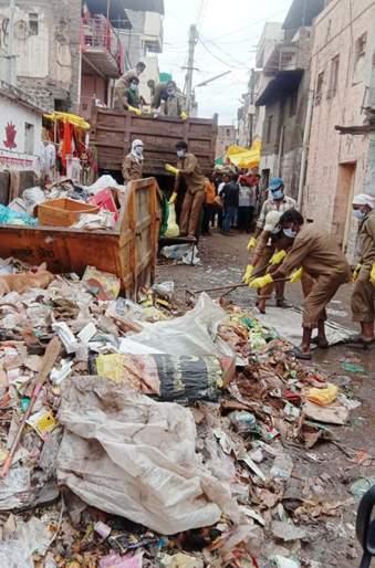 Pandhari after Ashadhi Vari; In two days, we collected 210 tonnes of garbage | आषाढी वारीनंतरची पंढरी; दोन दिवसांत २१० टन कचरा उचलला