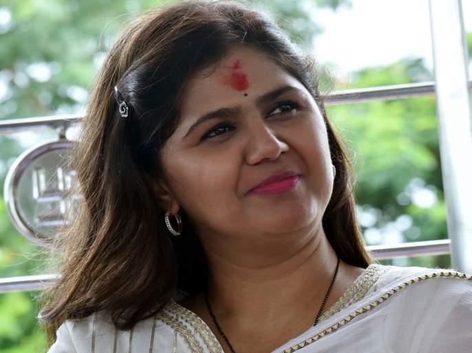 Pankaja Munde might Be Bjps Candidate For Mlc Election | पंकजा मुंडेंच्या नाराजीची पक्षाकडून दखल; लवकरच मिळणार आमदारकी?