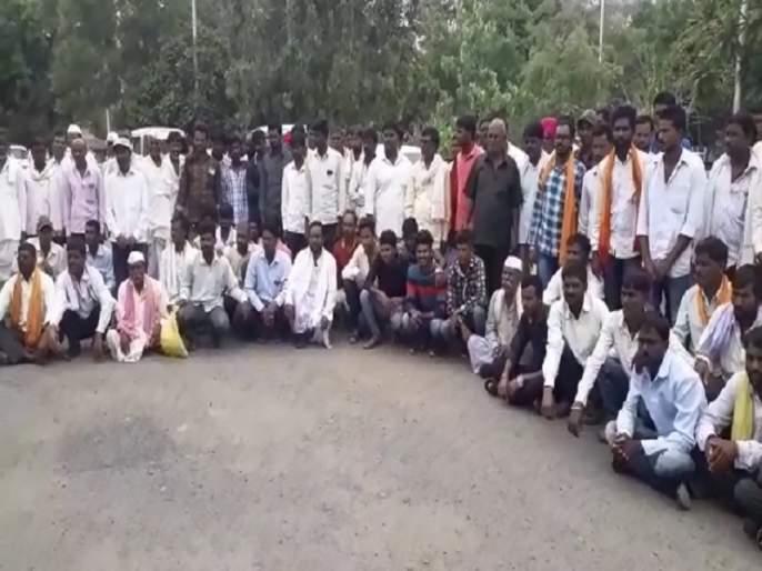 Warning to boycott Assembly elections for the road in Parabhani | रस्त्यासाठी विधानसभा निवडणुकीवर बहिष्कार टाकण्याचा इशारा