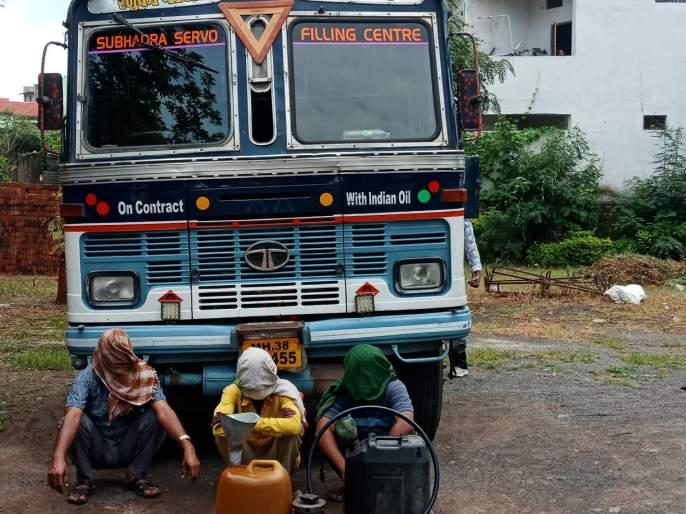 Exposed diesel-black market in patur | पातुर : माजी नगराध्यक्षाच्या ढाब्यावरील डीझेलच्या काळयाबाजाराचा पर्दाफाश