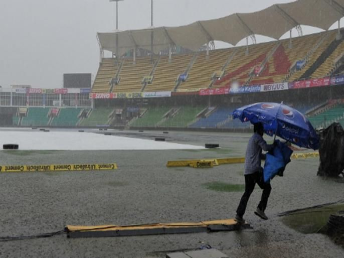 during India-West Indies match we could see rain; know the Pitch Report | भारत-वेस्ट इंडिज सामन्यात येऊ शकतो पावसाचा व्यत्यय; जाणून घ्या पीच रिपोर्ट