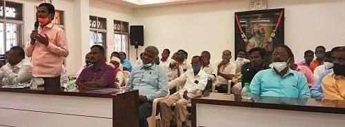 An inquiry committee should be appointed regarding the place at Pedhe-Parashuram | पेढे-परशुराम येथील जागेबाबत चौकशी समिती नेमावी