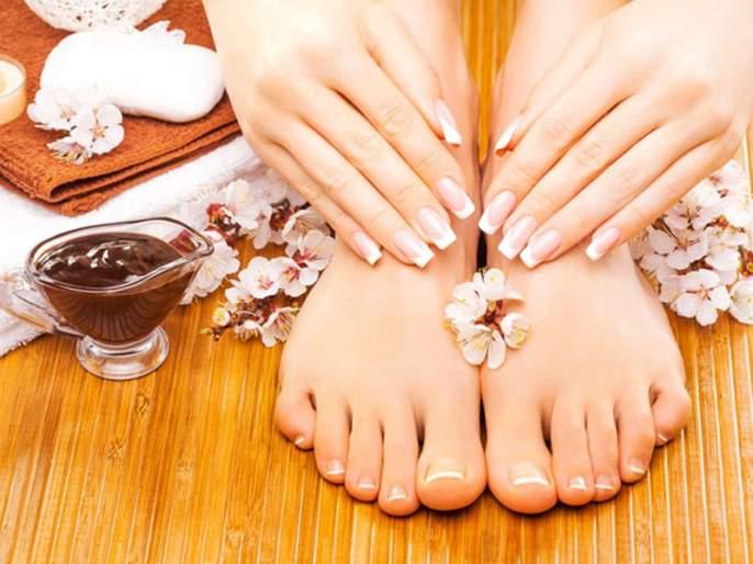 Chocolate pedicure will increase beauty of your foot | आता चॉकलेट वाढवेल तुमच्या पायांचं सौंदर्य; घरीच करा चॉकलेट पेडिक्योर