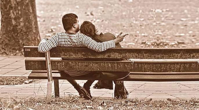 life & Love in Metro cities, a report about love in Äurangabad | गोलगोल इमरतीसारखी औरंगाबादी इश्काची गोष्ट!