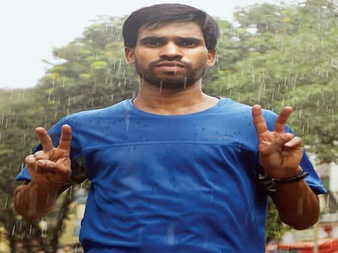 not a resident of Maharashtradecides to marathon winner | महाराष्ट्राचा रहिवासी नसल्याने मॅरेथॉन विजेत्याला ठरविले बाद!