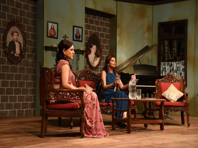The premiere of Varsha Usgaonkar and Kishori Shahane Vij's Piano for Sale play | वर्षा उसगांवकर आणि किशोरी शहाणे विज यांच्या पियानो फॉर सेल या मराठी नाटकाचा असा झाला प्रीमियर