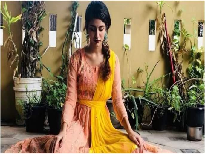 Priya prakash varrier dance video viral on social media | प्रिया प्रकाश वारियरचा नवा व्हिडीओ पाहिलात?, ही आहे व्हिडीओची खासियत