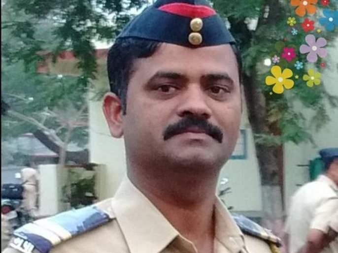 Container entered the checkpost, killing two policemen in osmanabad   चेकपोस्टमध्येच कंटेनर घुसला, भीषण अपघातात दोन पोलीस कर्मचाऱ्यांचा मृत्यू
