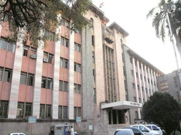 Municipal corporation gets Rs 40 crore 'loss' for construction business benifits   बांधकाम व्यावसायिकाच्या फायद्यासाठी महापालिकेला पडला ४० कोटींचा 'खड्डा'