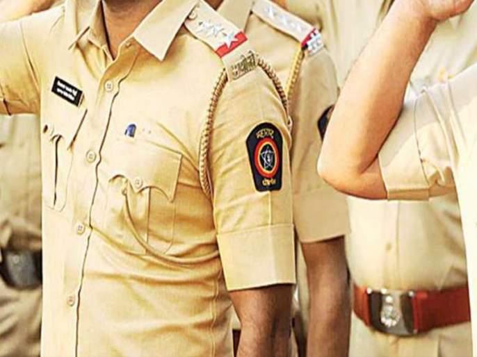 hit to Police by stump who stopping cricket game in Baramati | बारामतीतील काटेवाडीत क्रिकेटचा खेळ रोखणाऱ्यापोलिसाला स्टंपने मारहाण