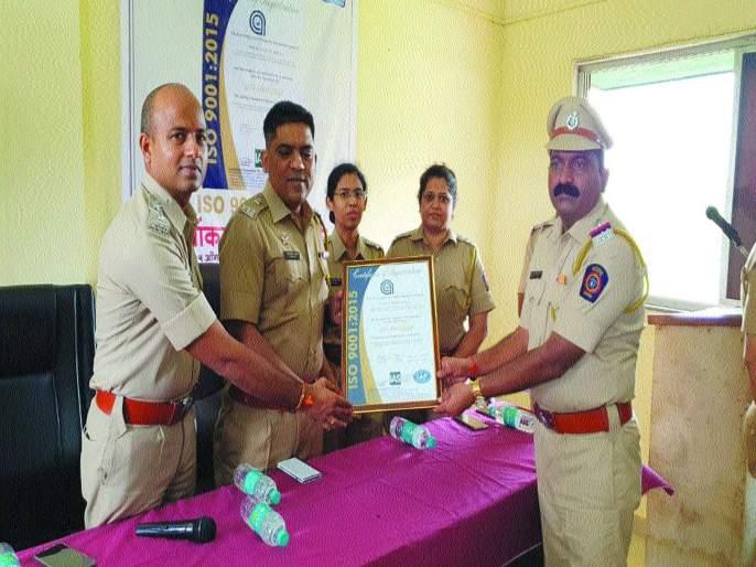 ISO rating to Arnala police station, first police station in Palghar | अर्नाळा पोलीस ठाण्याला आयएसओ मानांकन, पालघरमधील पहिले पोलीस ठाणे