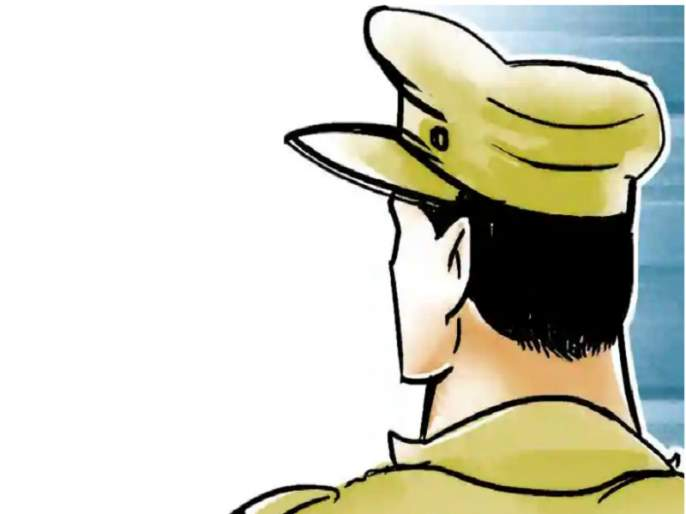 There is no fault in duty; The bribe-paying sand smuggler was nabbed by the ACB following a complaint by a police sub-inspector   कर्तव्यात कसूर नाही; लाच देणाऱ्या वाळू तस्कराला पोलीस उपनिरीक्षकाच्या तक्रारीनंतर एसीबीने पकडले