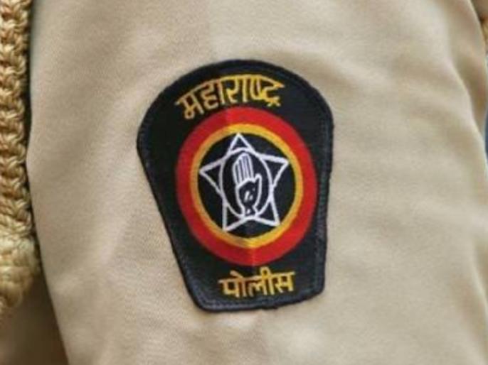 Ulhasnagar police's big action; Offence registered on selling food shops | उल्हासनगर पोलिसांची धडक कारवाई;खाद्य पदार्थ विकणाऱ्या दुकानांवर गुन्हे