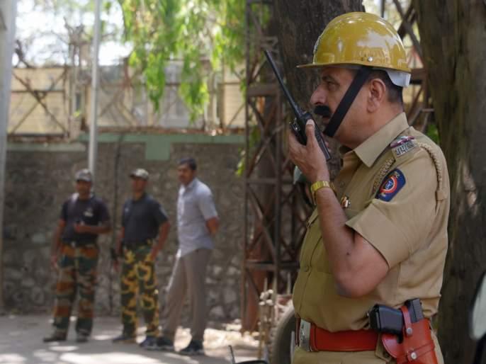 Police system alert in the wake of Ayodhya Result   आयोध्या निकालाच्या पार्श्वभूमीवर पोलीस यंत्रणा सतर्क ; जिल्हाभरात चोख बंदोबस्त