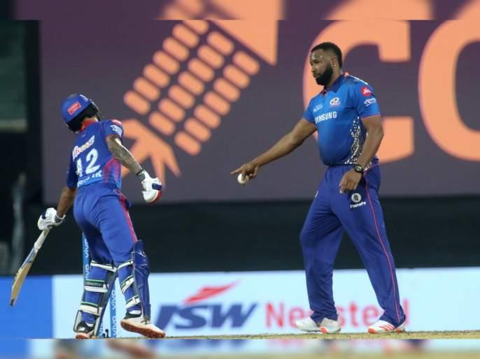 IPL 2021, MI vs DC T20 : SPIRIT OF CRICKET, Kieron Pollard Serves Shikhar Dhawan With A Mankad Warning   IPL 2021, MI vs DC T20 : मुंबई इंडियन्सनं सामना गमावला, पण किरॉन पोलार्डनं मन जिंकलं; वाचा त्यानं काय केलं!