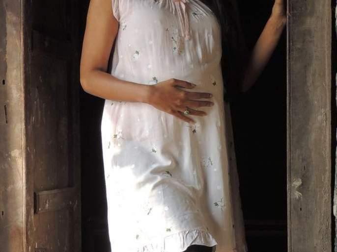 Marathi Actress Pooja sawant's photo became Preganant before marriage goes viral, know what happened   लग्नाआधीच प्रेग्नंसीच्या फोटोंमुळे या मराठी अभिनेत्रीने सोशल मीडियावर माजवली होती खळबळ, हे होते कारण