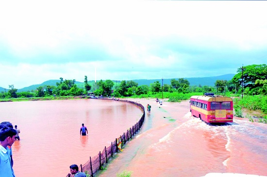 5% of the monsoon rains fund approved | अवकाळीच्या पावसातील नुकसानीचा ३० टक्के निधी मंजूर
