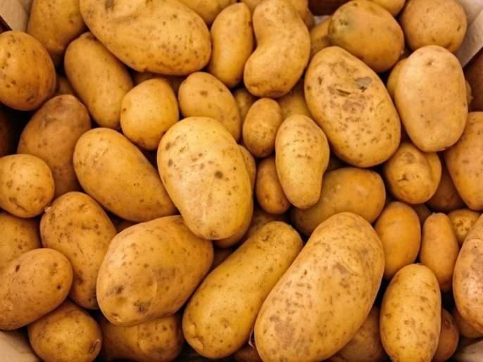stolen 35 bag of potatoes | काय चोरलं तरबटाट्याच्या पिशव्या