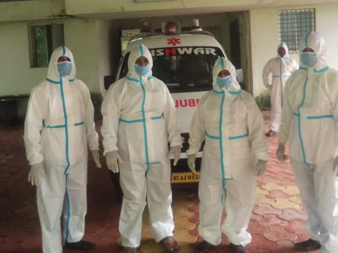 corona virus: Funeral on a woman wearing a PPE insect | corona virus : पीपीई कीट परिधान करून केले त्या महिलेवर अंत्यसंस्कार