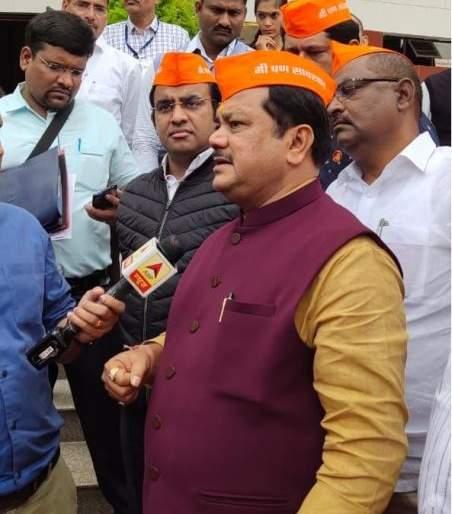 Nagpur Winter Session 19; The Chief Minister should assist the farmers for Rs 25 k | नागपूर हिवाळी अधिवेशन २०१९; मुख्यमंत्र्यांनी शेतकऱ्यांना हेक्टरी २५ हजारांची मदत करावी