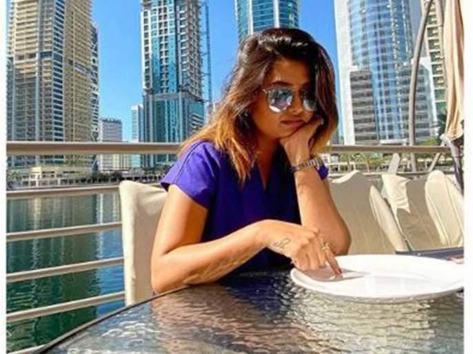 Prajakta Mali Shares Dubai Vacation Photo | तुमची लाडकी प्राजक्ता माळी सध्या करते या देशाची भटकंती, पाहा तिचे Vacation Photo