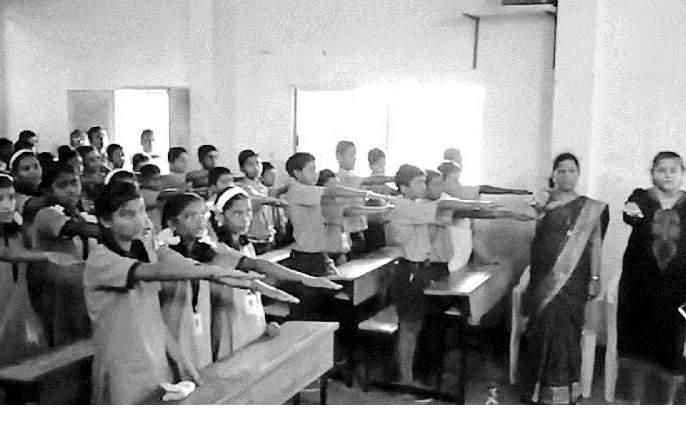 'Ring the Bell for Water' at Bhatgaon Cosby School | भातगाव कोसबी शाळेत 'रिंग द बेल फॉर वॉटर'