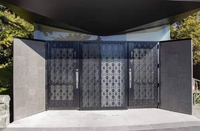 Modern toilets design not ready by akola municipal corportion | अत्याधुनिक शौचालयांची 'डिझाइन' तयार केलीच नाही!