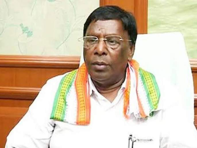 congress government falls in puducherry narayansamy targets pm-modi hindi language and kiran bedi | पडुचेरीत काँग्रेसचं सरकार कोसळलं; नारायणसामींनी मोदी, हिंदी, बेदींवर साधला निशाणा