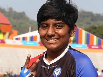Puja Danole won two gold medals in the National Road Cycling Championship   राष्ट्रीय रोड सायकलींग स्पर्धेत पुजा दानोळेला दोन सुवर्णपदक