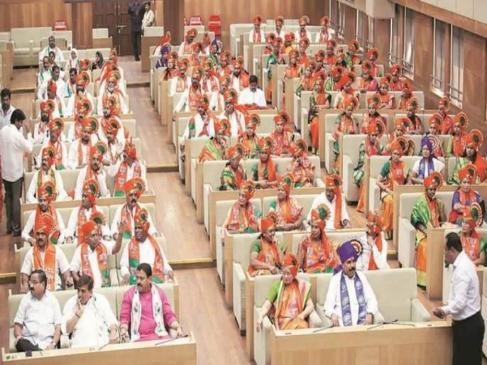 BJP learns a lesson from 'Sangli'; Standing Education Committee warns corporators for election | भाजपने 'सांगली'वरुन घेतला धडा; स्थायी शिक्षण समिती निवडणुकीसाठी नगरसेवकांना बजावला 'व्हिप'