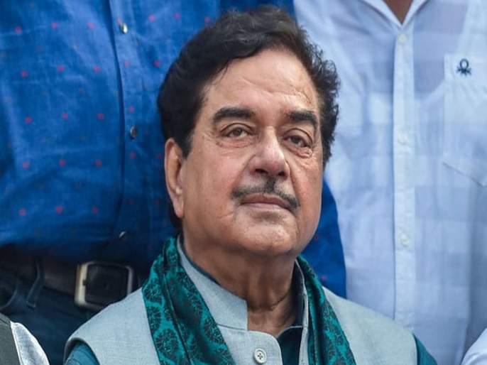 Lok Sabha Election 2019: shatrughan-sinha-khel-tamasha-has-taken-place-in-up-bihar-wb-and-ap- | Lok Sabha Election 2019 : पराभवानंतर शत्रुघ्न सिन्हा नाही राहिले 'खामोश', म्हणाले, 'काहीतरी मोठी खेळी झालीय'