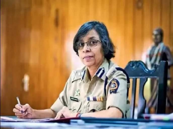 Rashmi Shukla: Who asked Rashmi Shukla to do phone tapping ?; Reply from NCP | Rashmi Shukla: रश्मी शुक्ला यांना फोन टॅपिंग करायला कोणी सांगितले?;राष्ट्रवादीकडून प्रत्युत्तर