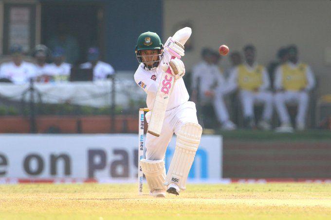India Vs Bangladesh, 1st Test: Mushfiqur's obstacle in India's victory | India Vs Bangladesh, 1st Test : भारताच्या विजयाच्या मार्गात 'पराक्रमी' मुशफिकरचा अडसर