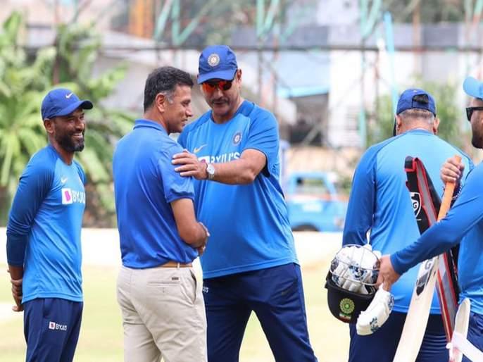 BJP Working President JP Nadda meets veteran cricketer Rahul Dravid at latter's residence in Bengaluru   टीम इंडियाचा 'जंटलमन' भाजपात जाणार? जेपी नड्डांनी घेतली भेट