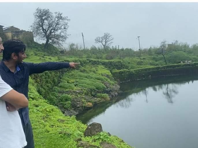 Enthusiastic efforts on Raigad for water   पाणी बहुत जतन राखावे..- रायगडावरील उत्साही प्रयत्नांची'पाणीदार' कहाणी..
