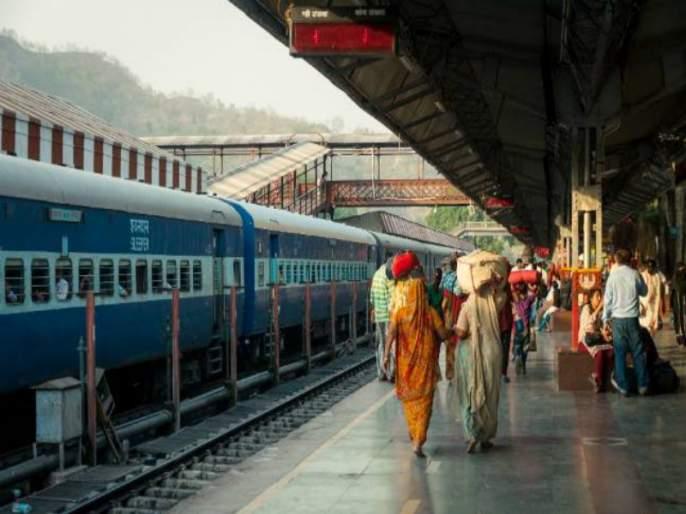 Travelers' megablock blocked at festival | सणासुदीत 'मेगाब्लॉक'प्रवासी ताटकळले
