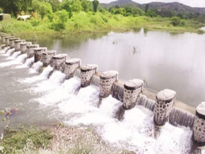 return rains hit half of Marathwada | परतीच्या पावसाचा अर्ध्या मराठवाड्याला फटका