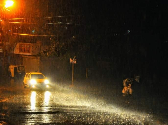 Heavy rainfall in 'Barvi' area | 'बारवी' क्षेत्रात पावसाचा जोर, मुुंबईची पाणी चिंता कायम