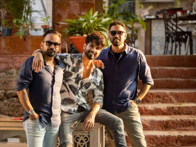 Shahid Kapoor's digital debut, Raj and DK's new series will have a banging entry   शाहिद कपूर करतोय डिजिटल पदार्पण, राज आणि डीकेच्या नवीन सीरिजमध्ये होणार धमाकेदार एन्ट्री