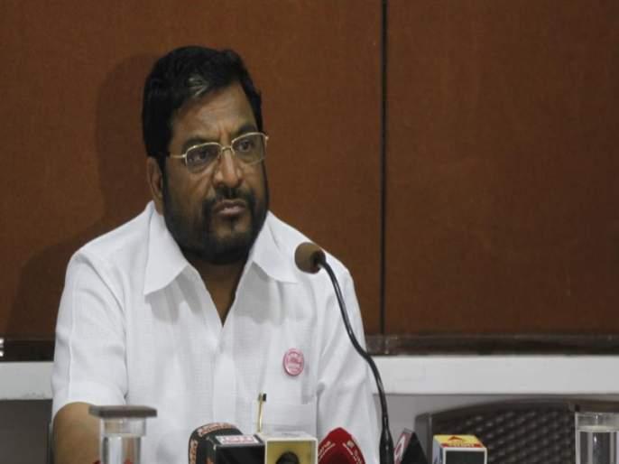 Need to get together all the opponents - Raju Shetty   सर्व विरोधकांनी एकत्र येण्याची गरज - राजू शेट्टी