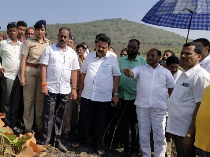 environment minister ramdas kadam visits aarey colony after fire   पर्यावरण मंत्री रामदास कदम यांनी केली आरेची पाहणी