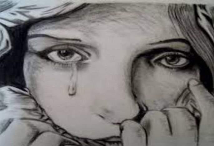 Sensational! Rape on a minor girl who was going to farm pda | खळबळजनक! शेतात जाणाऱ्याअल्पवयीन मुलीवर बलात्कार