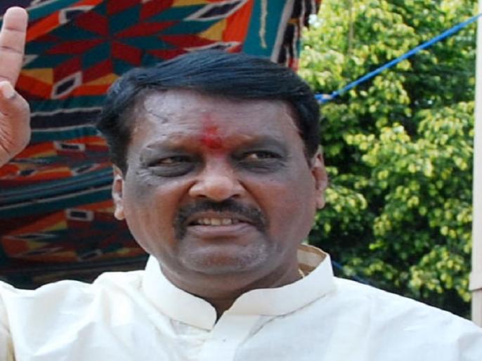Anil Rathod, Shiv Sena to cover his own sins | स्वत:चे पाप झाकण्यासाठी शिवसेनेवर गरळ : अनिल राठोड