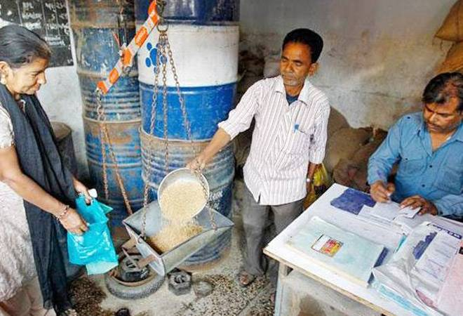Strict closure of ration shopkeepers   रेशन दुकानदारांचा कडकडीत बंद