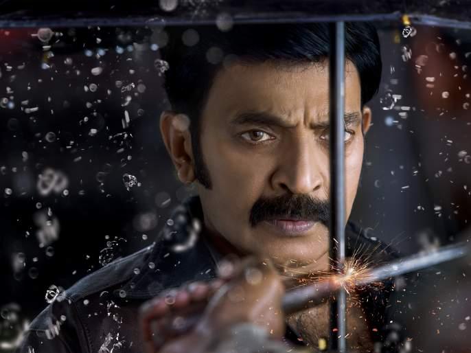 telugu actor rajasekhar car accident escapes with minor injuries | कार अपघातातून थोडक्यात बचावला साऊथचा हा दिग्गज अभिनेता