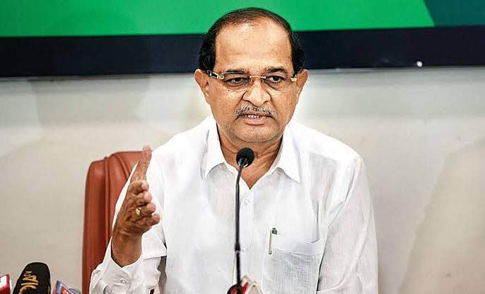 Problems with Vikhe Patil increased, the sugar factory's 'debt waiver' was not stopped | विखे पाटलांच्या अडचणी वाढल्या, साखर कारखान्याच्या 'कर्जमाफी' तपासास स्थगिती नाही