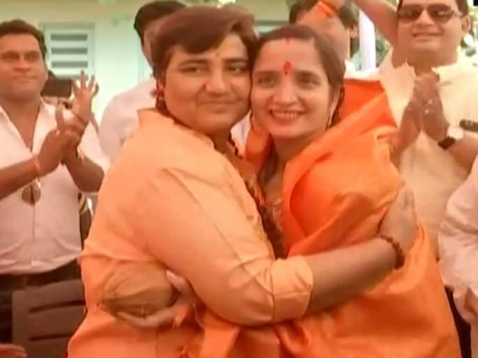 lok sabha election 2019 independent candidate pragya thakur withdraws her name in bhopa | भोपाळमधून प्रज्ञा ठाकूर यांची माघार; भाजपला मोठा दिलासा