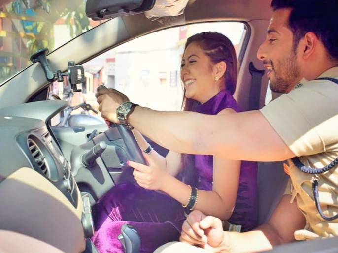 Zee TV- Sehban Azim turns driving coach for Reem Shaikh on Tujhse Hai Raabta | 'तुझसे है राबता'च्या सेटवर सेहबान अझीमने रीमन शेखला दिले मोटार चालविण्याचे धडे!