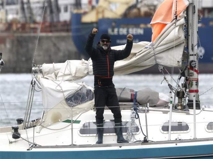 Son sails solo acrosss atlantic to reach 90 year old father | वाह रे पठ्ठ्या! वृद्ध वडील होते दूर अन् फ्लाइट होत्या बंद, समुद्रातून एकटा बोट चालवत 85 दिवसांनी घरी पोहोचला....